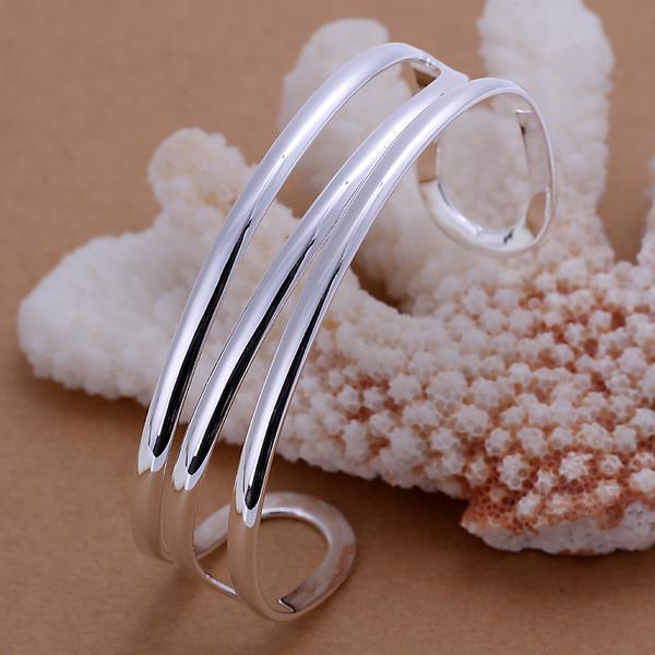 Vienna Jewelry Sterling Silver Laser Cut Open Bangle