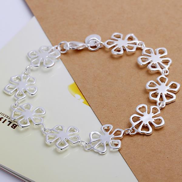 Vienna Jewelry Sterling Silver Multi Hollow Clover Stud Bracelet
