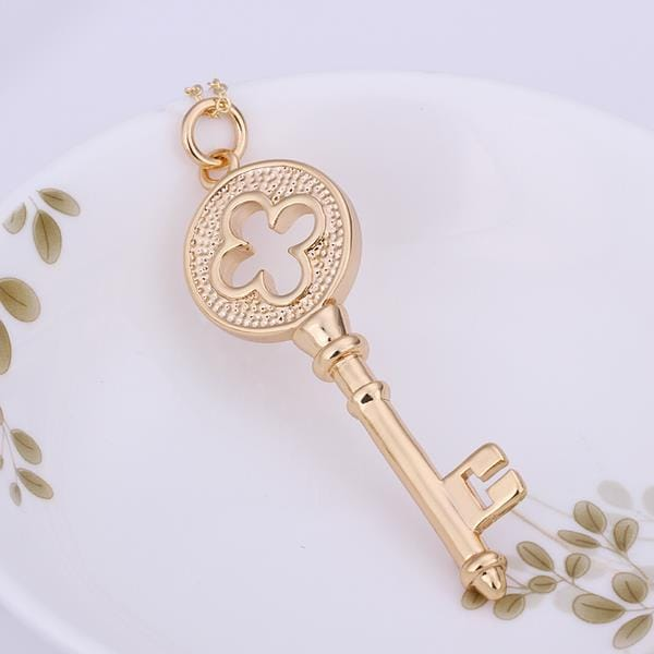Vienna Jewelry Sterling Silver Gold Coloring Doorkey Pendant