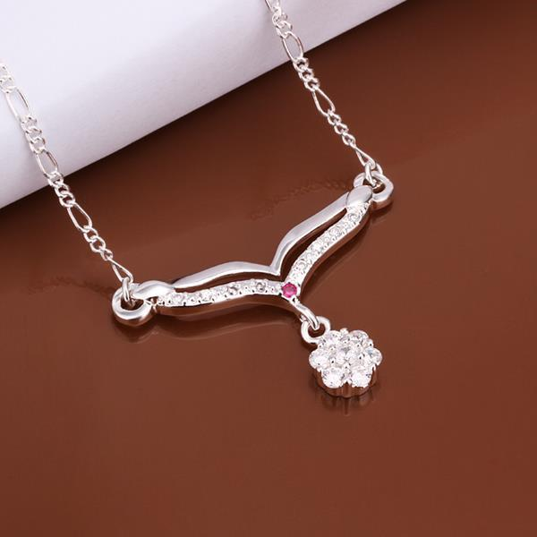 Vienna Jewelry Sterling Silver Classic Clover Drop Necklace