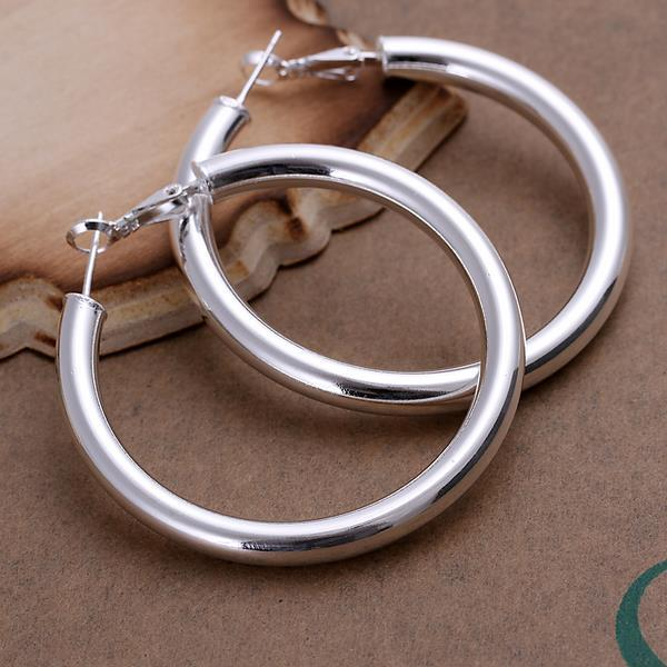 Vienna Jewelry Sterling Silver London Inspired Hoops