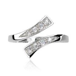 .925 Sterling Silver Solitaire Cubic Zirconia Toe Ring|https://ak1.ostkcdn.com/images/products/100/424/P18462908.jpg?impolicy=medium