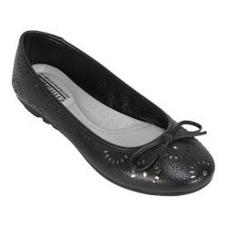 Women's Cliffs by White Mountain Betty Flat Black Smooth Synthetic