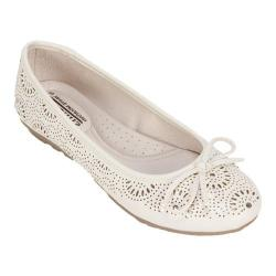 Women's Cliffs by White Mountain Betty Flat Ecru Smooth Synthetic