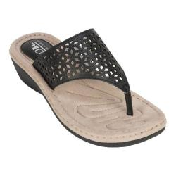 Women's Cliffs by White Mountain Caviar Thong Wedge Sandal Black Smooth Synthetic