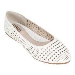 Women's Cliffs by White Mountain Swerve Ballet Flat White Smooth Synthetic