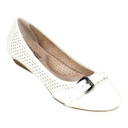 Women's Cliffs by White Mountain Jelly Ballet Flat White Smooth Synthetic