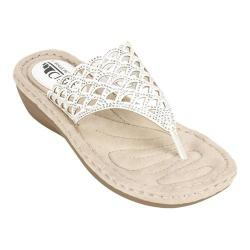 Women's Cliffs by White Mountain Cameo Thong Sandal White Smooth Synthetic