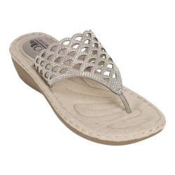 Women's Cliffs by White Mountain Cameo Thong Sandal Pewter/Metallic Smooth Synthetic