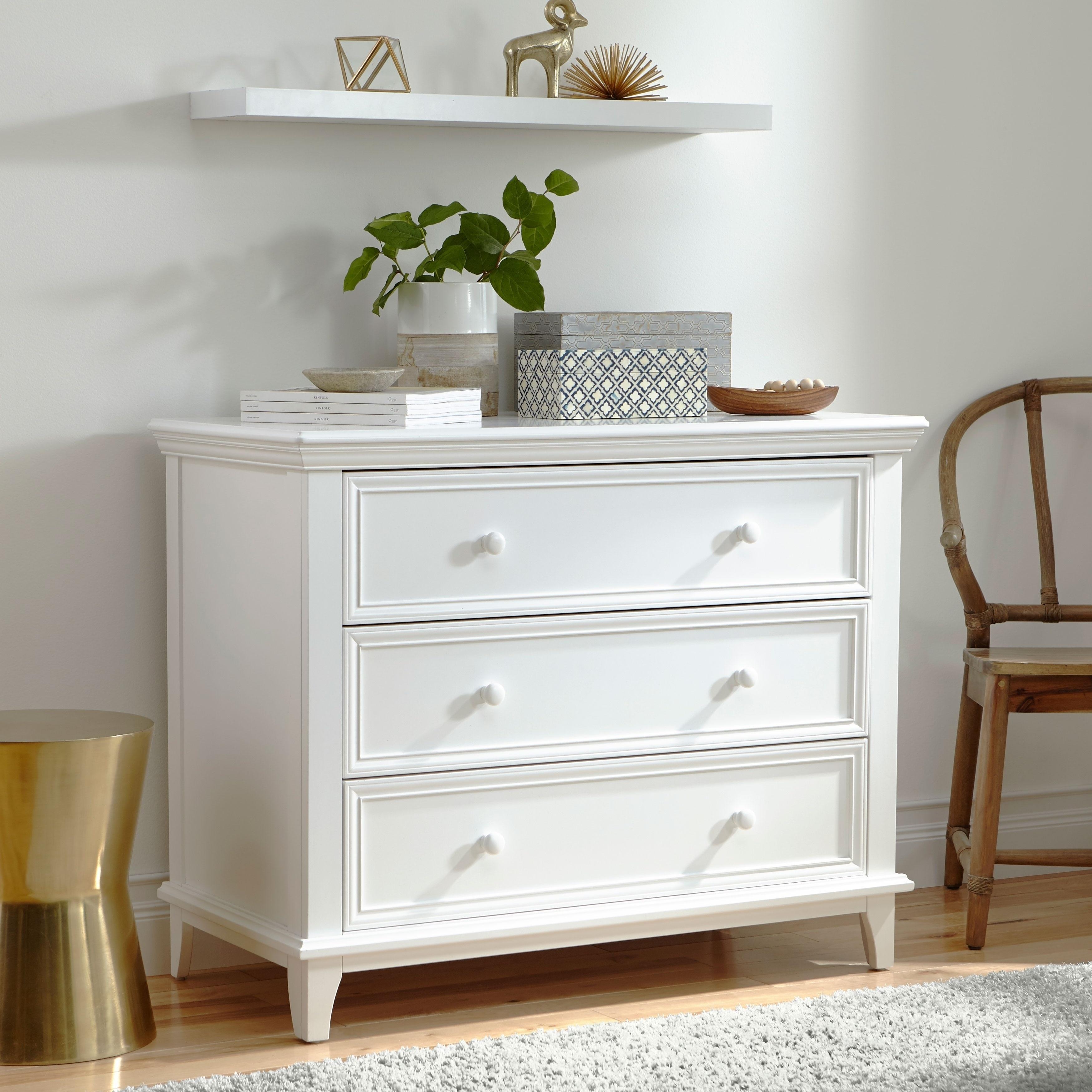 Kolcraft 3 Drawer Transitional Dresser