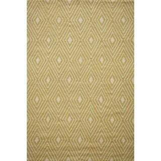 Momeni Veranda Yellow Diamonds Indoor/Outdoor Rug (2' X 3')