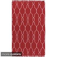 Hand-Woven Terrell Lattice Pattern Indoor/ Outdoor Area Rug