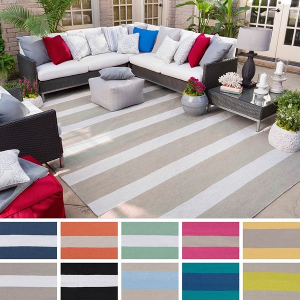 Hand-Woven Shelley Stripe Pattern Indoor/Outdoor Area Rug - 8' x 11'