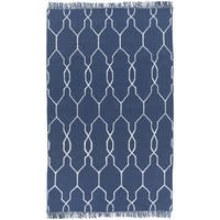 Hand-Woven Terrell Lattice Pattern Indoor/Outdoor Area Rug (8' x 11')