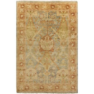 Hand-Knotted Monica Border New Zealand Wool Rug (9' x 13')