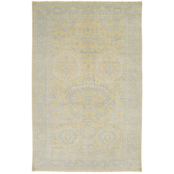 Hand-Knotted Weymouth Floral Wool Rug (8' x 11')