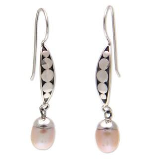Handmade Sterling Silver 'Paradise Blooms' Pearl Earrings (7mm) (Indonesia)