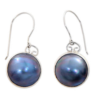 Handmade Sterling Silver 'Blue Moon' Pearl Earrings (13.5mm) (Indonesia)