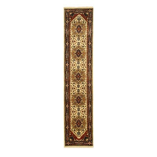 Hand-knotted Wool Ivory Traditional Oriental Serapi Rug (2'6 x 12')