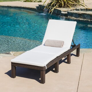 Jamaica Outdoor Chaise Lounge with Cushion by Christopher Knight Home (Option: Ivory)