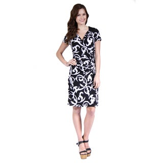 24/7 Comfort Apparel Woman's Black and White Abstract Print Faux Wrapped Dress