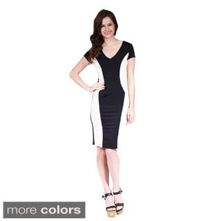 24/7 Comfort Apparel Women's Cap-Sleeve Black and Cream Sheath Dress