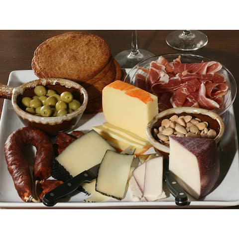 igourmet A Little Bit of Spain Cheese Gift Set