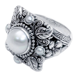 Handmade Sterling Silver 'Nature's Splendor' Pearl Ring (3,10 mm) (Indonesia)