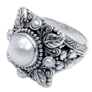 Sterling Silver 'Nature's Splendor' Pearl Ring (3,10 mm) (Indonesia)