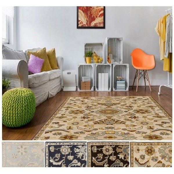 Hand-Tufted Wigton Floral Wool Rug (7'6 x 9'6)