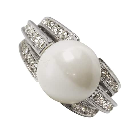 Nexte Jewelry Large Faux Pearl with Triple Banded Holding - White