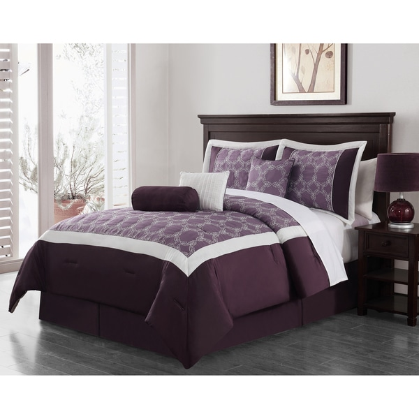 Journee Collection Biscay 7-piece Embroidered Comforter Set