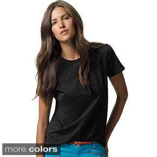 Hanes Women's Relaxed Fit Jersey ComfortSoft Crewneck T-Shirt (Option: S)|https://ak1.ostkcdn.com/images/products/10020026/P17166778.jpg?impolicy=medium