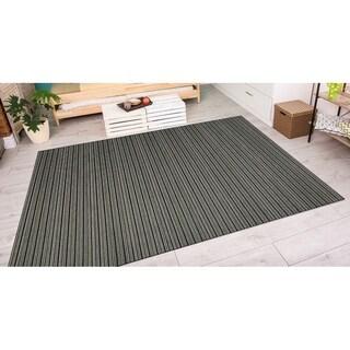 Couristan Cape Harwich/Black-Tan Indoor/Outdoor Area Rug (3'11 x 5'6) - 3'11 x 5'6