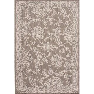 Indoor-Outdoor Floral Pattern Grey/Ivory (4' x 5'3) AreaRug