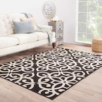 Indoor-Outdoor Geometric Pattern Black/Brown (4' x 5'3) AreaRug