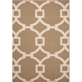 Indoor-Outdoor Geometric Pattern Brown/Brown (4' x 5'3) AreaRug