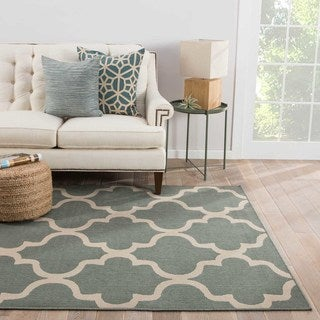 Indoor-Outdoor Geometric Pattern Blue/Ivory (7.11x10) AreaRug
