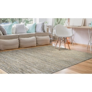 Hand Loomed Green Leaves Mist Area Rug Overstock 10031004