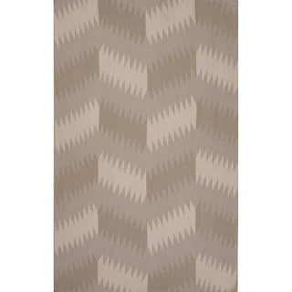Flatweave Tribal Pattern Grey/ Black Area Rug (5' x 8')