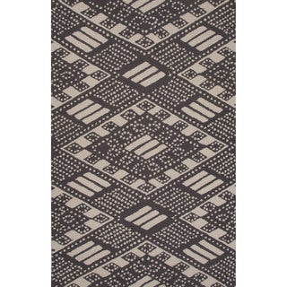 Hand-tufted Tribal Pattern Black/ Black Area Rug (2x3)