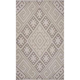 Flatweave Argyle Pattern Grey Rug (5' x 8')
