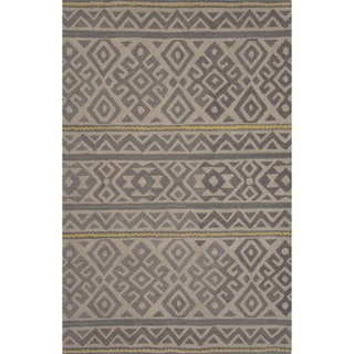 Hand-tufted Argyle Pattern Grey Area Rug (5' x 8')