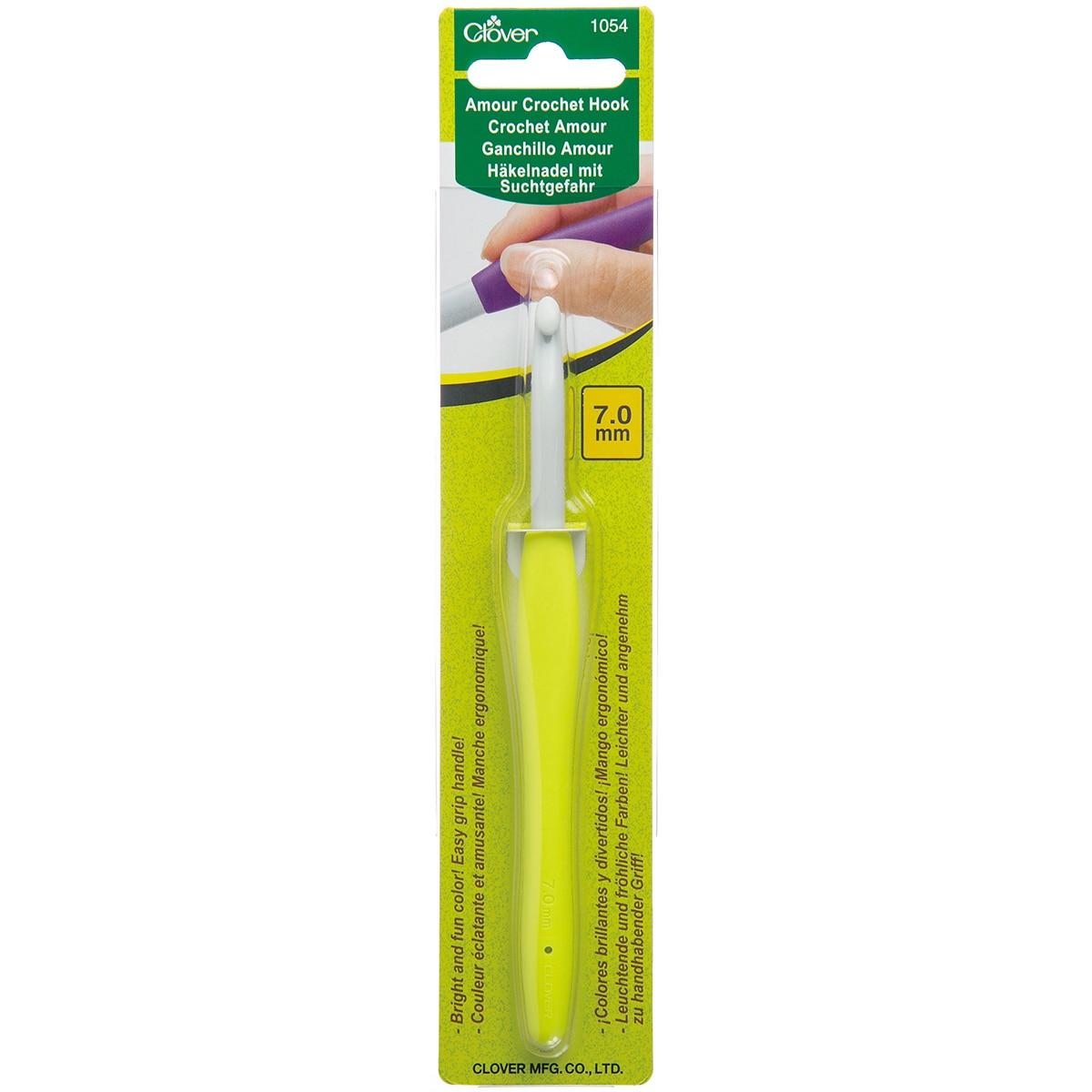 Clover Amour Crochet Hook-7.0mm (7.0mm), Neon Green (ABS)