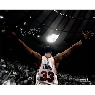 Patrick Ewing Signed Arms Out Facing Crowd 16x20 Photo