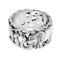Handmade Men's Sterling Silver 'Elephant Romance' Ring (Indonesia)
