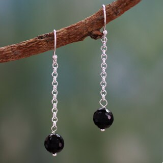 Handmade Sterling Silver 'Protection Pendulums' Onyx Earrings (India)