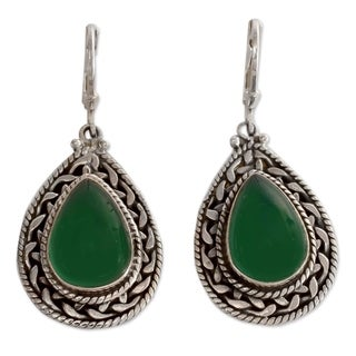 Handmade Sterling Silver 'Green Palace Memories' Onyx Earrings (India)