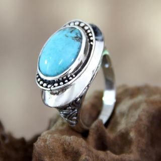 Handcrafted Sterling Silver 'Bali Blue' Turquoise Ring (Indonesia)