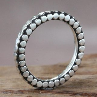 Handcrafted Sterling Silver 'Moon Orbits' band Ring (Indonesia)